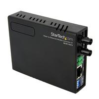 StarTech.com 10/100 Multi-Mode Glasvezel Ethernet Converter ST 2 km Netwerk media converters