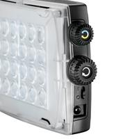 Manfrotto 24 LEDs, 900lux at 1m, 3100-5600K, CRI>93, Li-ion L-Type, 6 x AA, 44 x 108 x 170mm, 300g Flash - Noir