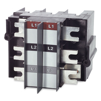 APC Adaptor for T3 Type Circuit Breaker, 3 Pole Netvoeding & inverter - Zwart