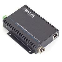 Black Box Convertisseur de média Gigabit PoE industriel Convertisseur réseau média - Noir