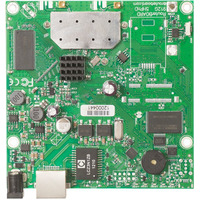 Mikrotik 600Mhz CPU, 32MB RAM, 1xGigabit Ethernet, onboard 2.4Ghz wireless, RouterOS L3