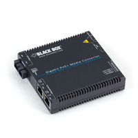 Black Box Convertisseur de média Gigabit PoE+ PSE Convertisseur réseau média - Noir